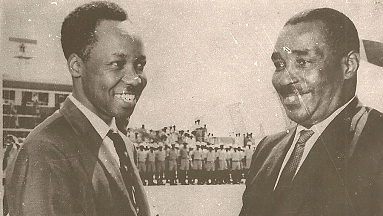 1965 Nyerere and Karume in Dar-es-Salaam Airport