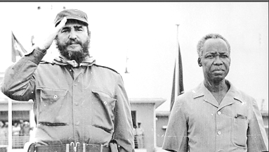 Fidel Castro with Julius Nyerere Saluting